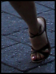Buzon Express mexican girl in high heels / Mexicaine en talons hauts.