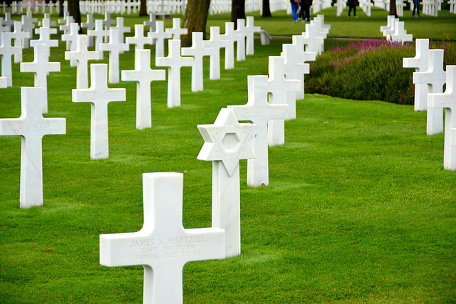Omaha Beach 2014 – Normandy American Cemetery and Memorial at Colleville-sur-Mer – Graves