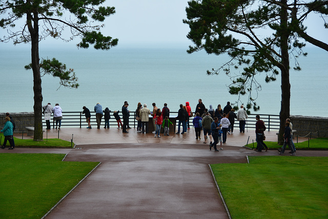 Omaha Beach 2014 – Normandy American Cemetery and Memorial at Colleville-sur-Mer – Viewing platform overlooking Omaha Beach