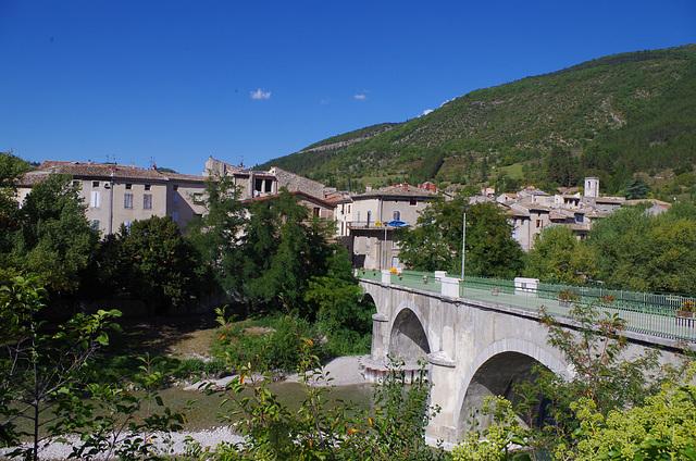 le village de Saillans (Drôme)