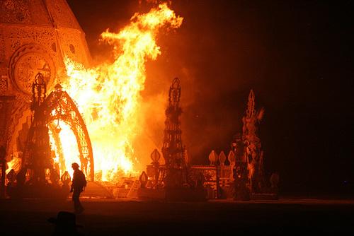 Temple Burn 2014 (4777)