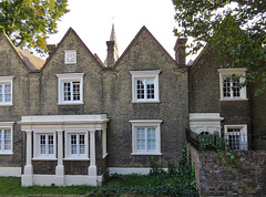 clothworkers almshouses, prebend st., islington, london