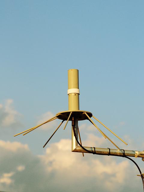 AS-390 antenna