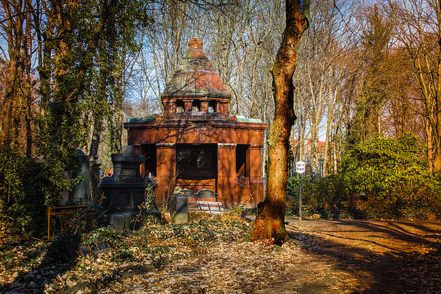 Jüdischer Friedhof Berlin Weißensee. Das Aschrott-Mausoleum.201303