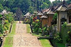 Bali, Penglipuran, Dorfstrasse.  ©UdoSm
