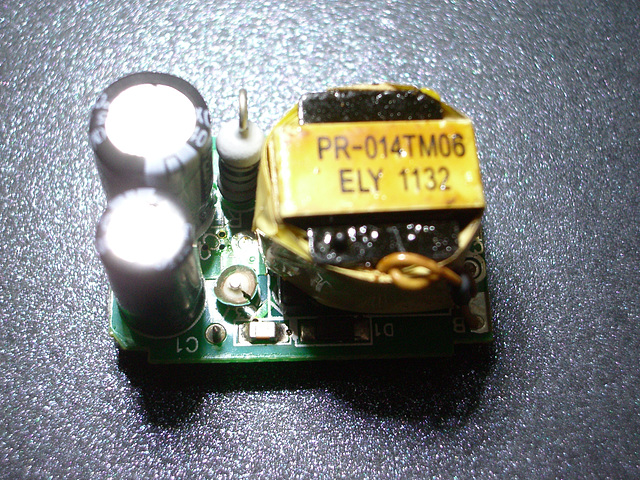 ipernity: IKEA LED bulb power supply - broken inductor - by