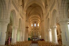 Nef de l'église de Bricquebec