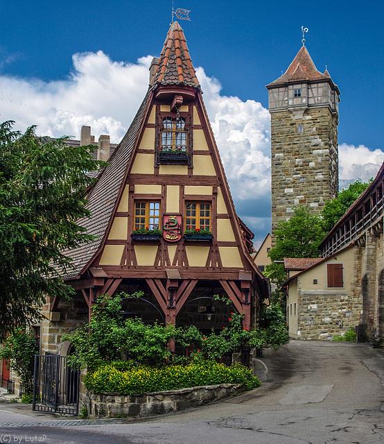 Gerlachschmiede und Röderturm - Rothenburg o.d. Tauber (015°)