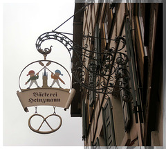 "Nasenschild ""Bäckerei Heinzmann"" (Eppingen)"