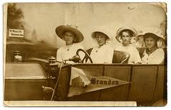 BR0207 BRANDON - (FOUR WOMAN IN STUDIO CAR)