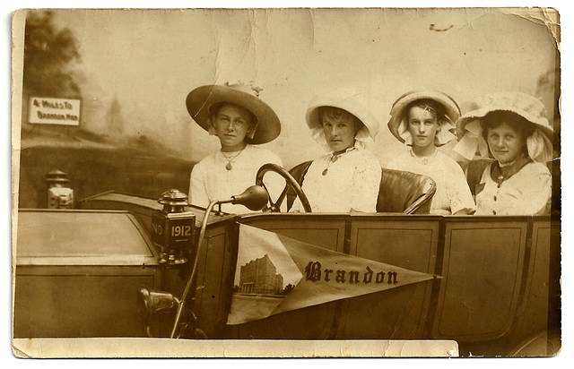 BR0207 BRANDON - (FOUR WOMAN IN STUDIO CAR)