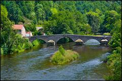 Historische Brücke im Siouletal