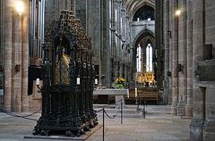 Ein Martyrergrab in einer evangelischen Kirche (St. Sebaldus)