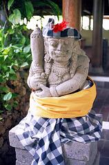 Bali. Der Dämonenwächter stand am Hoteleingang... ©UdoSm