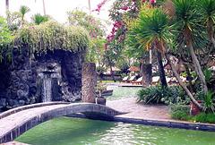 Bali  Hotel, Pool-Area mit 'Dämonen-Wasserfall'. ©UdoSm