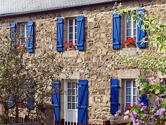 P9092761ac Plougrescant House With Blue Shutters