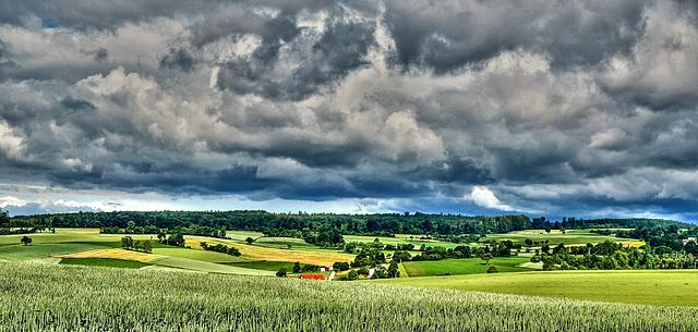 Gewitterwolken über dem Kraichgau