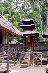 Bali  Pura Kehen, Eine der Schatzkammern. ©UdoSm