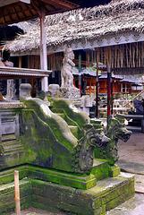 Bali  Pura Kehen, Tempel der Schatzkammern, Innenhof. ©UdoSm