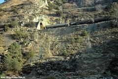 bnsf freight train through tunnel along ca sr58 tehachapi ca 09'14 02