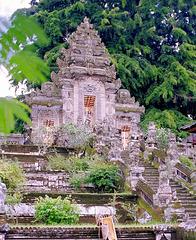 Bali; Bangli, Pura Kehen. Gedecktes Tor, (Candi Korung). ©UdoSm
