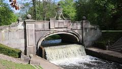 Ludwigslust, der Wasserfall an der Steinernen Brücke