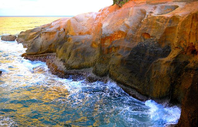 "Dominica - ""Red Rocks"""