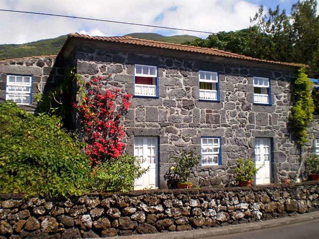 Roadside house.