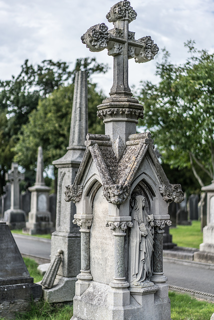 PHOTOGRAPHING OLD GRAVEYARDS CAN BE INTERESTING AND EDUCATIONAL [THIS TIME I USED A SONY SEL 55MM F1.8 FE LENS]-120246