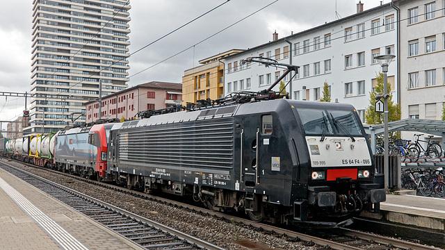 201010 Pratteln ES64