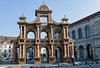 BESANCON: Place de la Révolution: Reconstitution de l'Arc de Triomphe en carton 01