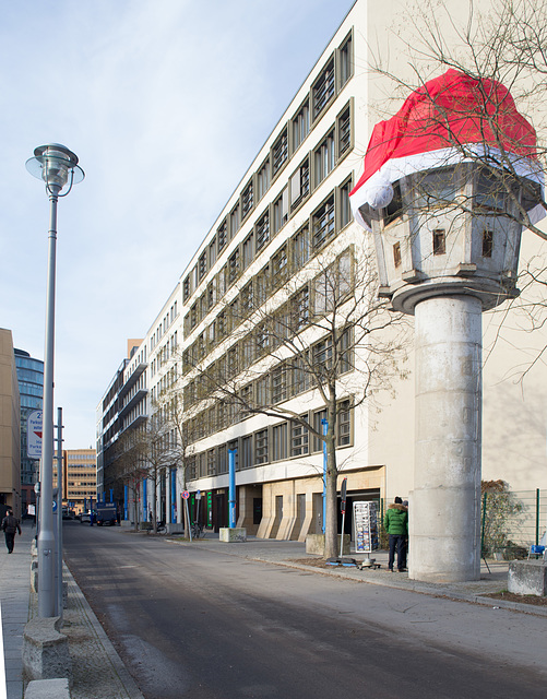 Berlin wall guardhouse  (#0018)