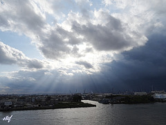 stormy afternoon @ Hamburg harbor