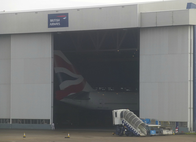 G-CIVW at Heathrow - 24 January 2016