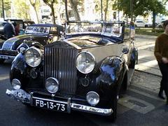 Rolls-Royce Silver Wraith (1947).