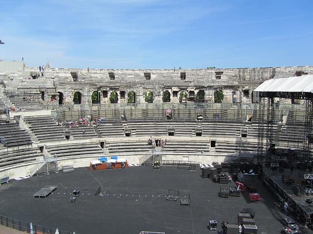 Nîmes 2