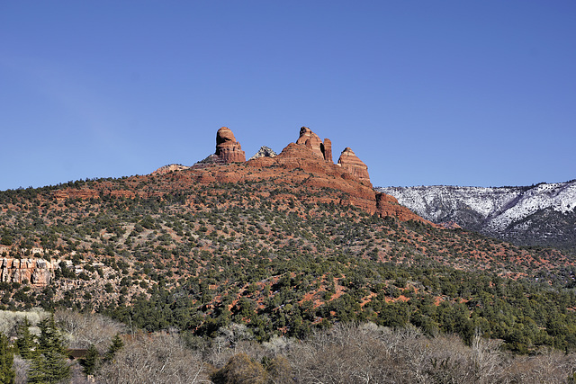 Red Rocks Come in Bunches – Sedona, Arizona