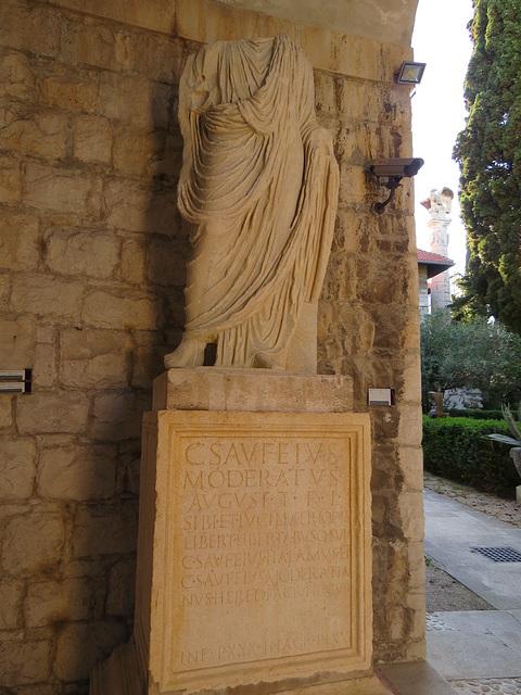 Musée archéologique de Split : CIL III, 8803.