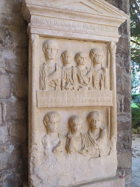 Musée archéologique de Split : CIL III, 2030.