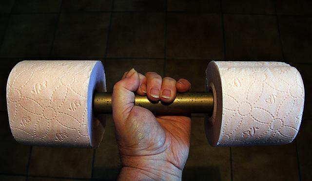 Confiné , j'ai repris la musculation avec les moyens du bord , et bien j'en ch.. !
