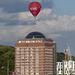Ballon über dem Albertinum