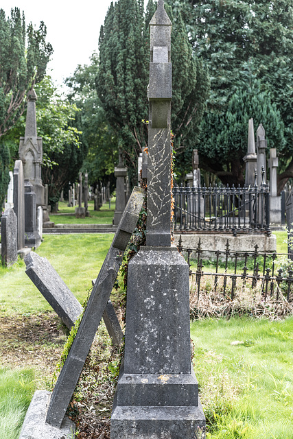 PHOTOGRAPHING OLD GRAVEYARDS CAN BE INTERESTING AND EDUCATIONAL [THIS TIME I USED A SONY SEL 55MM F1.8 FE LENS]-120224