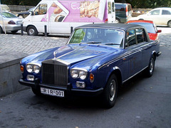 Rolls-Royce Silver Shadow.
