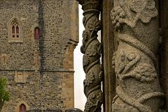 Bragança, Castelo, Colunas