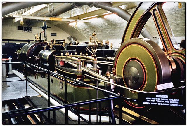 Tower Bridge | Maschinenhaus