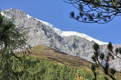 Ortler 3905m -  Sicherungen zum Schutz vor Lawinen und Gletscherabbrüche