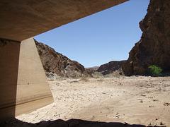 Unter der Brücke fotografieren