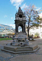 drinking fountain, finsbury square, london