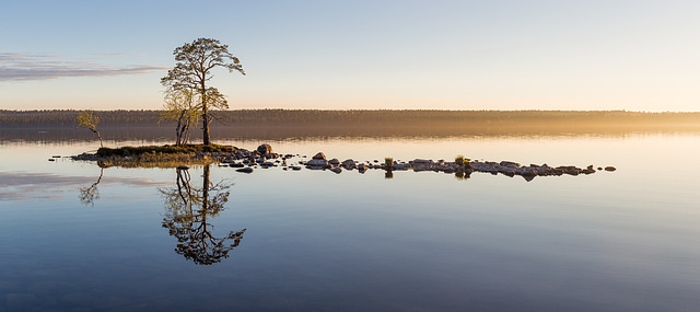 Summer night on Lake Inari