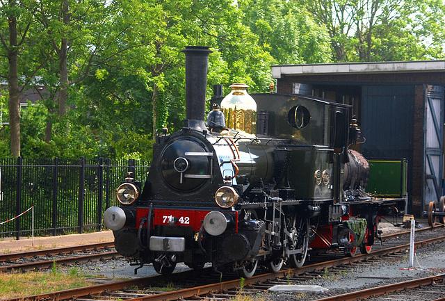 Very old locomotive 7742 'Bello' at Hoorn
